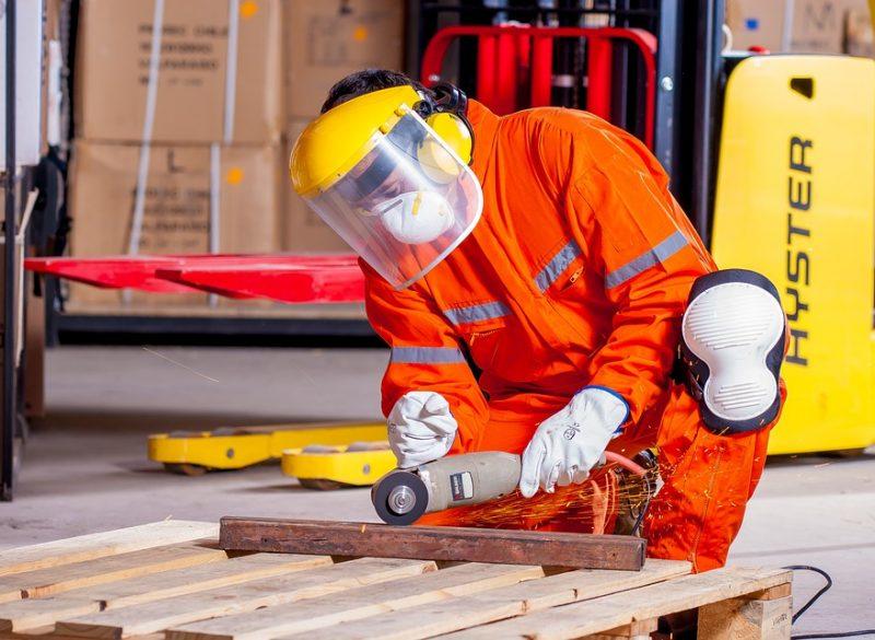 industrial-1636390_960_720-1-800x585